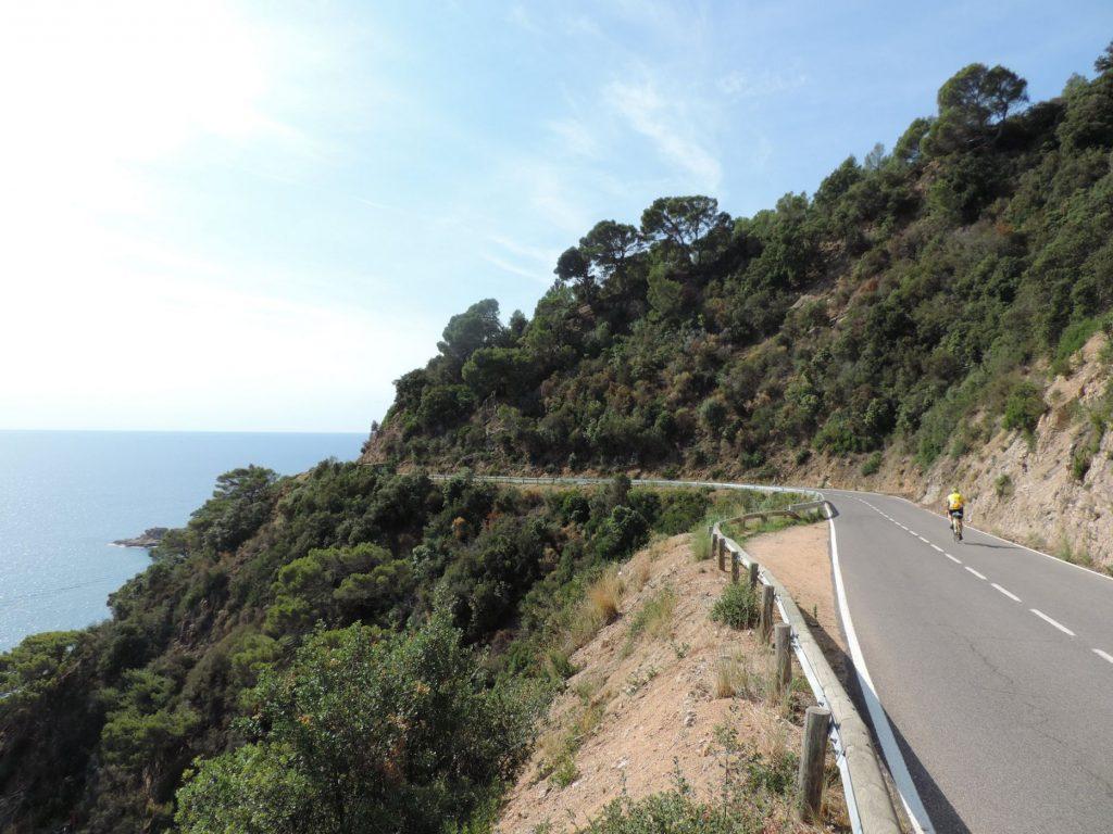 espagne à vélo - catalogne à vélo - voyage vélo - voyage cyclotourisme - sur la route - ekilib - pyrénées à vélo - méditerranées à vélo
